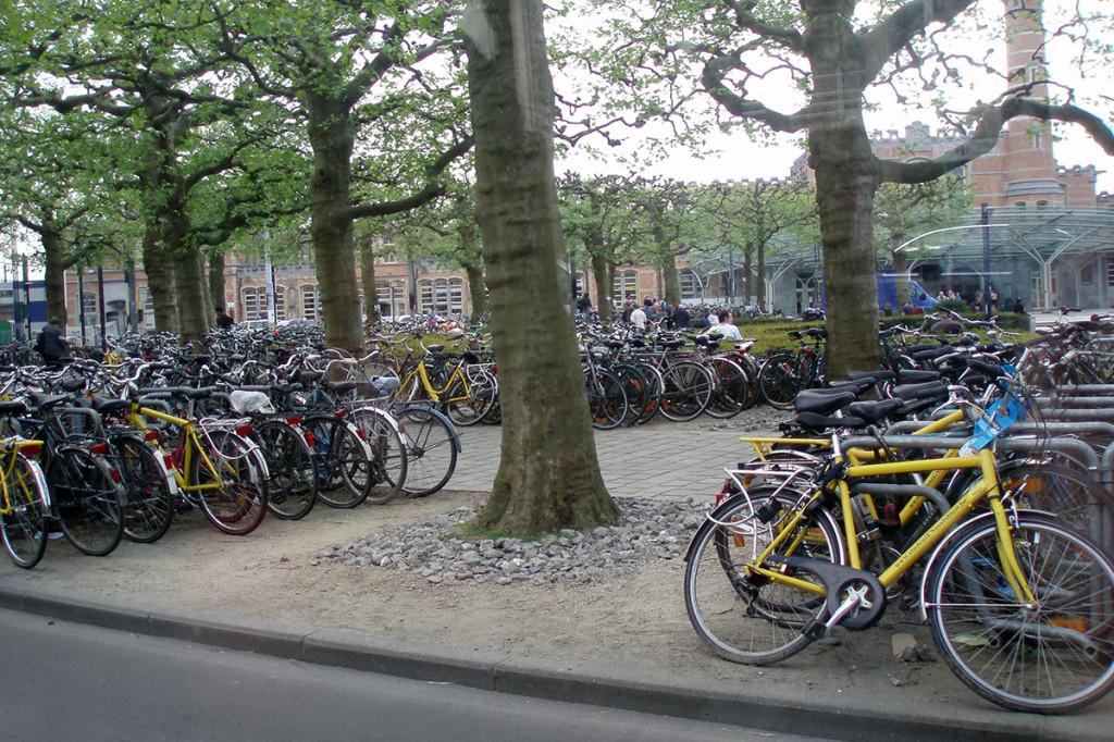 Bicyklové parkovisko Bruggy