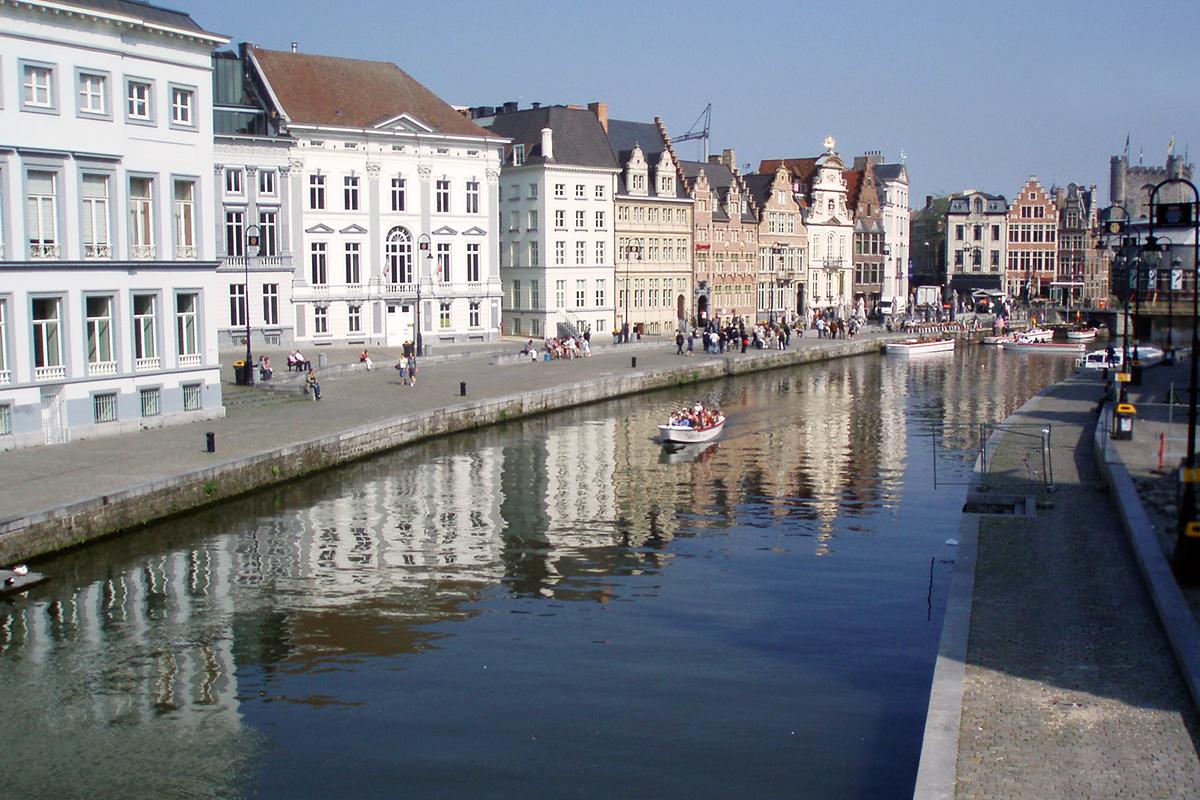 Gent plavba kanálmi
