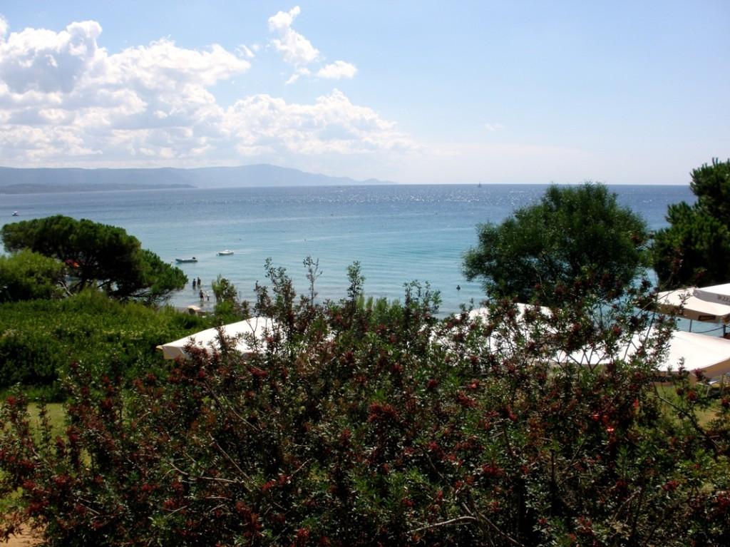 Sardínia pláž Le Bombarde