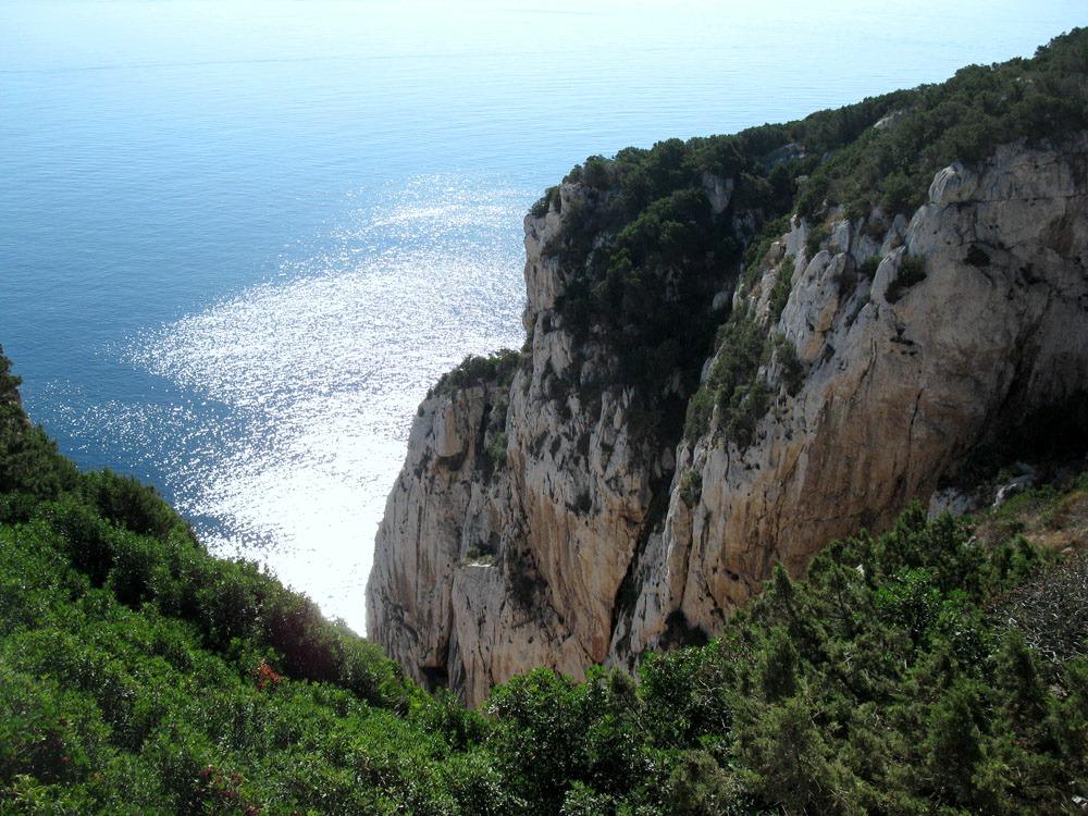 pohľad zo skaly Cappo Caccia
