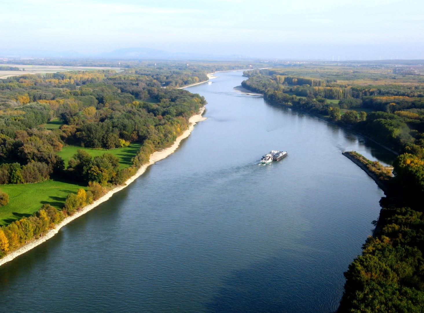 Níl, afrika – druhá najdlhšia rieka na svete, aj keď o