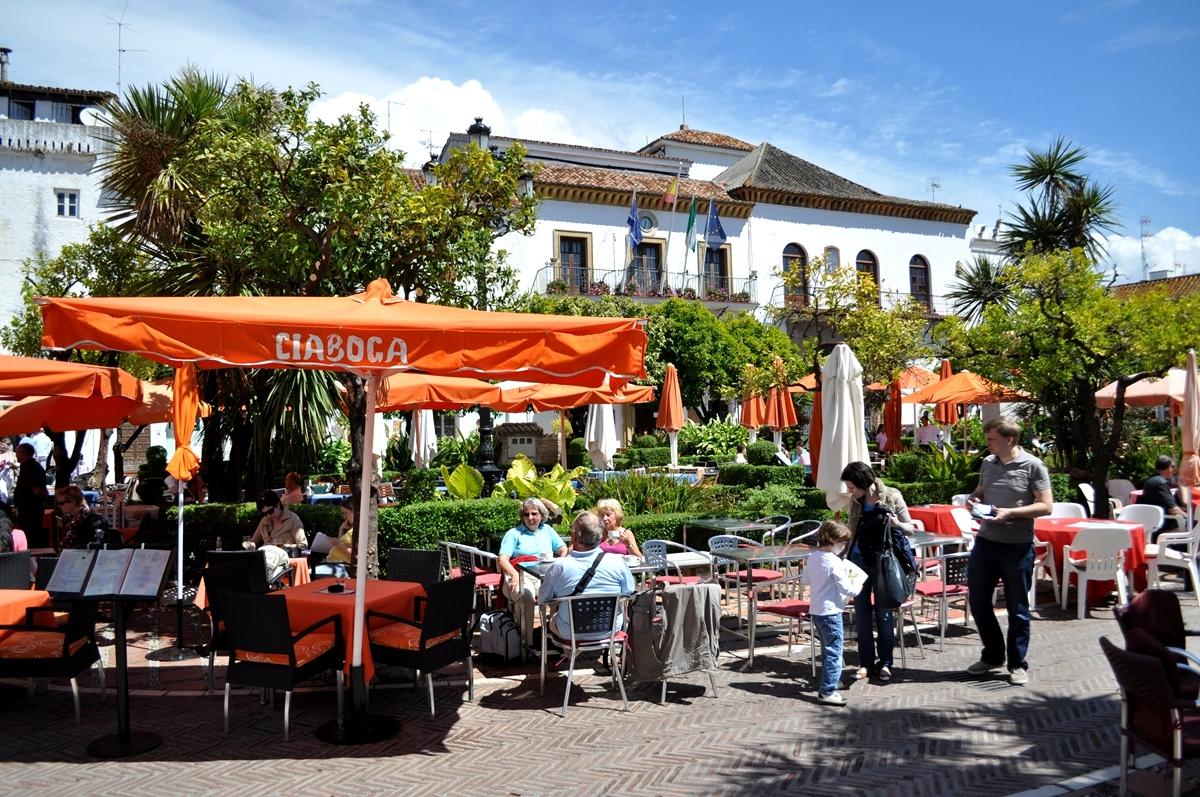 Pomarančové námestie, Marbella