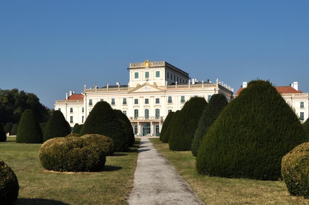 Esterházyho palác