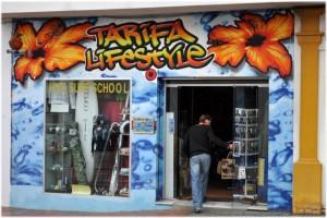 Tarifa - surferský obchod