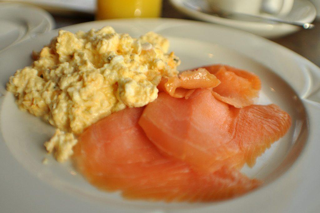 Škótska kuchyňa - údený losos s praženicou