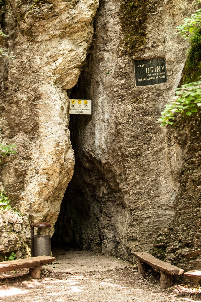 Jaskyňa driny - vstup