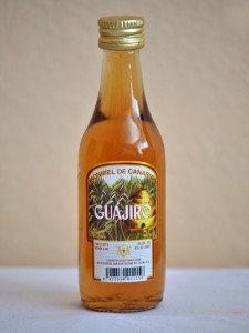 kanársky medový rum (ronmiel)