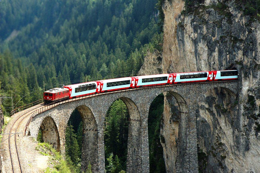 Najzaujímavejšie železnice - viadukt Landwasser