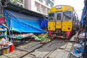 Najzaujímavejšie železnice - Maeklong