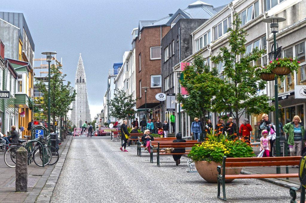 Island - hlavná ulica, Reykjavik Laugaveguru