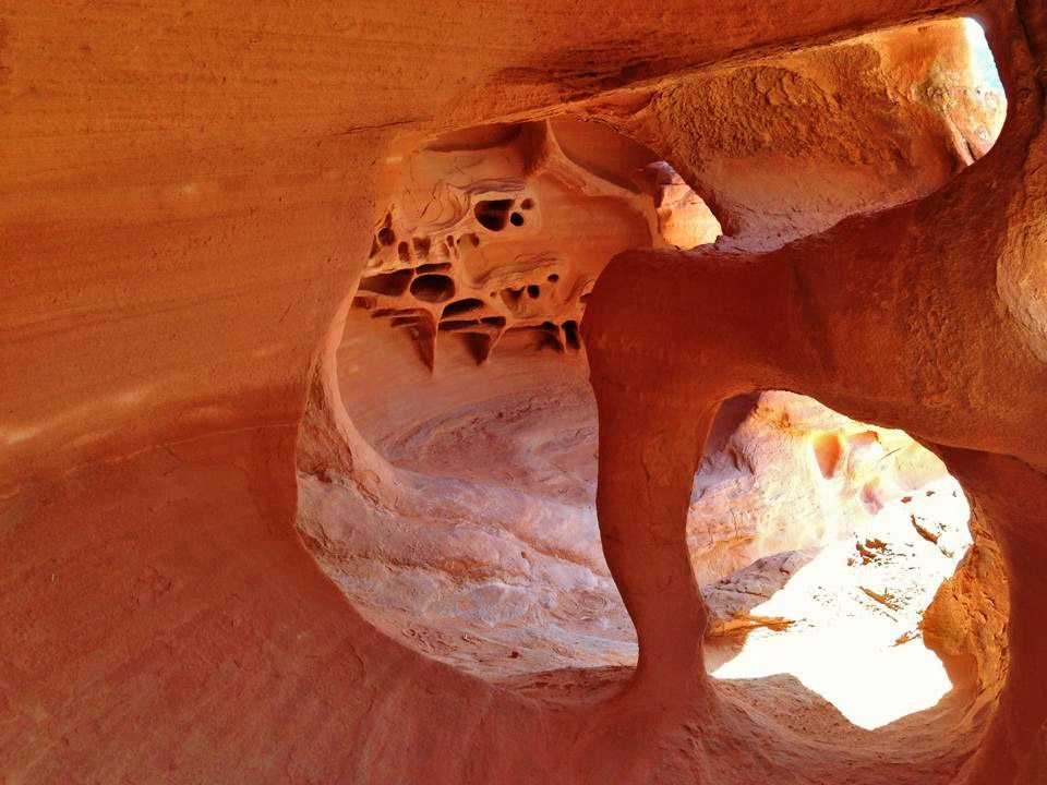 Valley of Fire - windstone cave