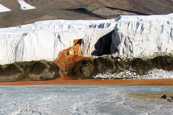 krvácajúce vodopády, Antarktída