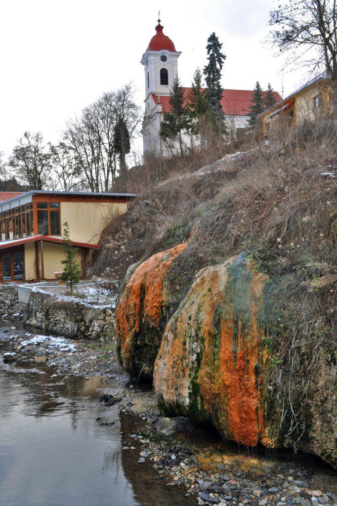Sklené Teplice - parenica a kostol