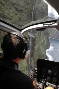 Helicopter-tour-hawaii