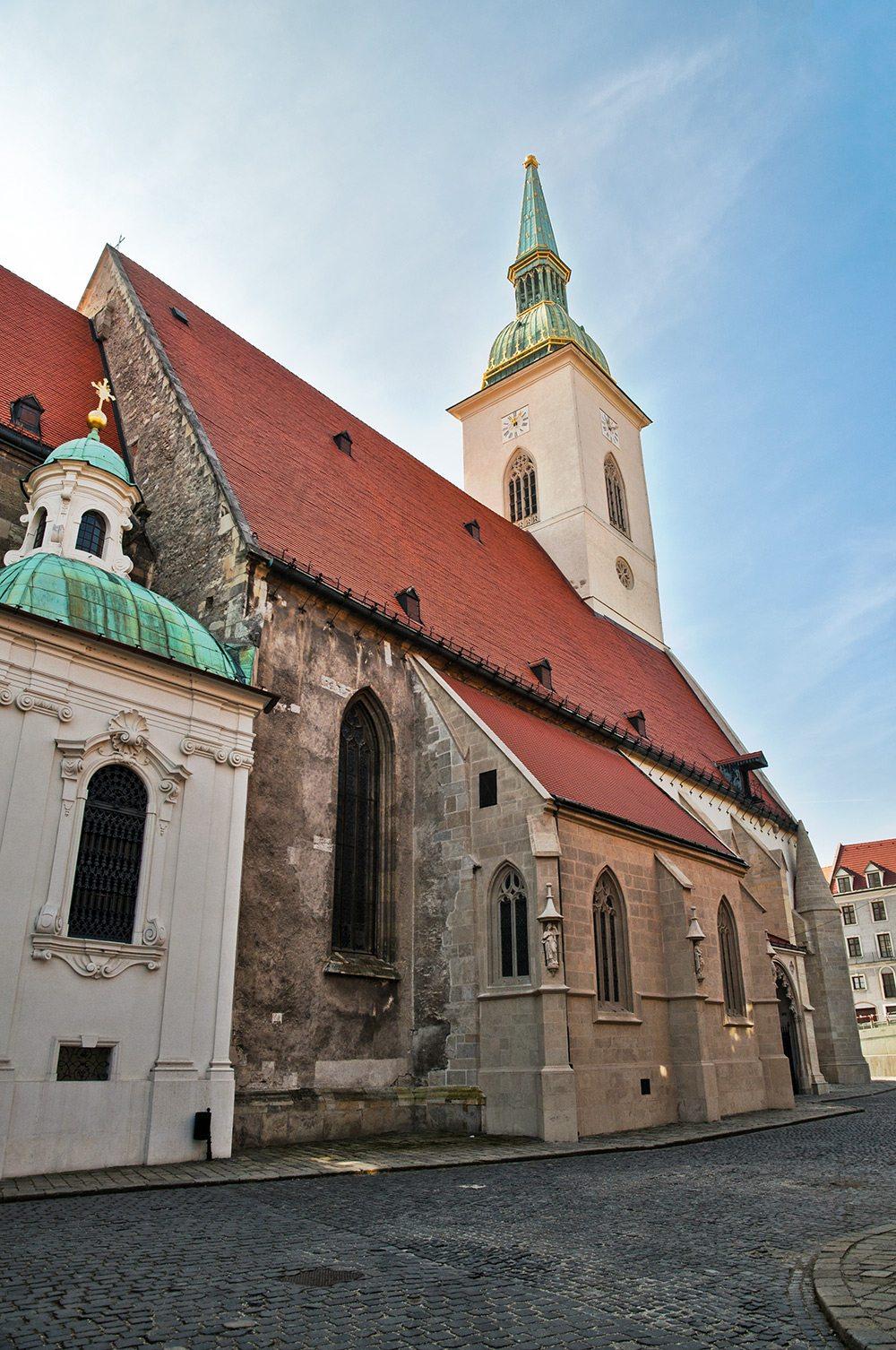 Najkrajšie kostoly v Bratislave - Dóm sv. Martina