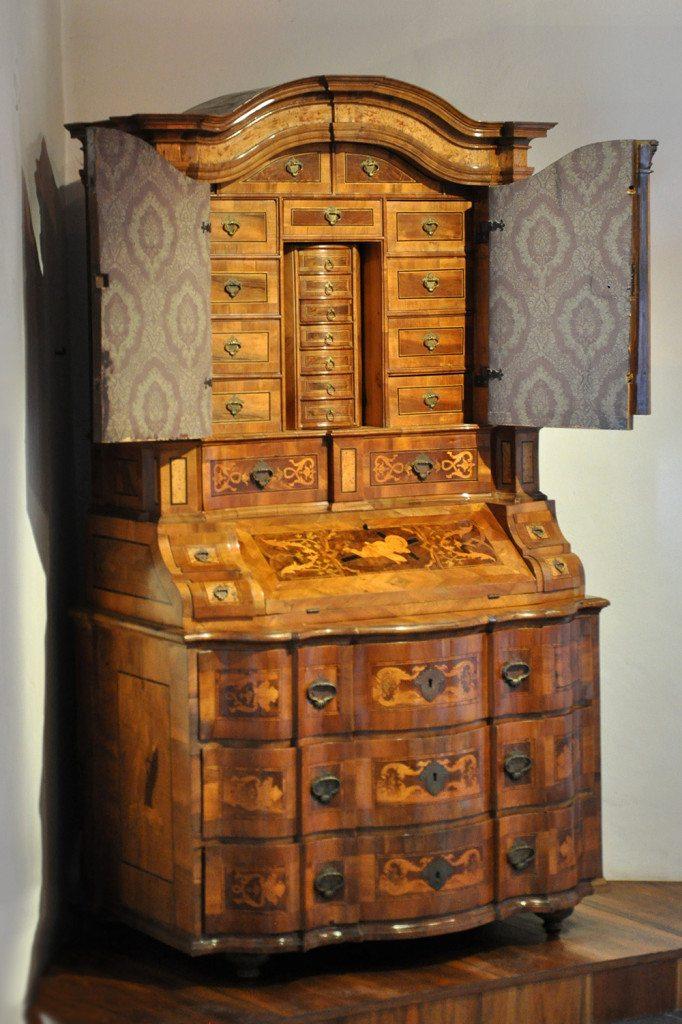 trenčín - historický nábytok