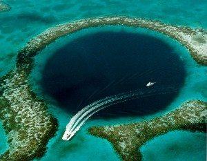 najzáhadnejšie miesta na svete - Modrá diera v Belizé