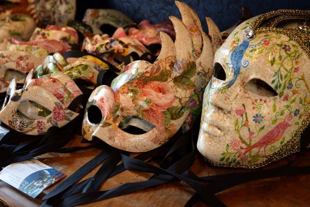 benátsky karneval a masky