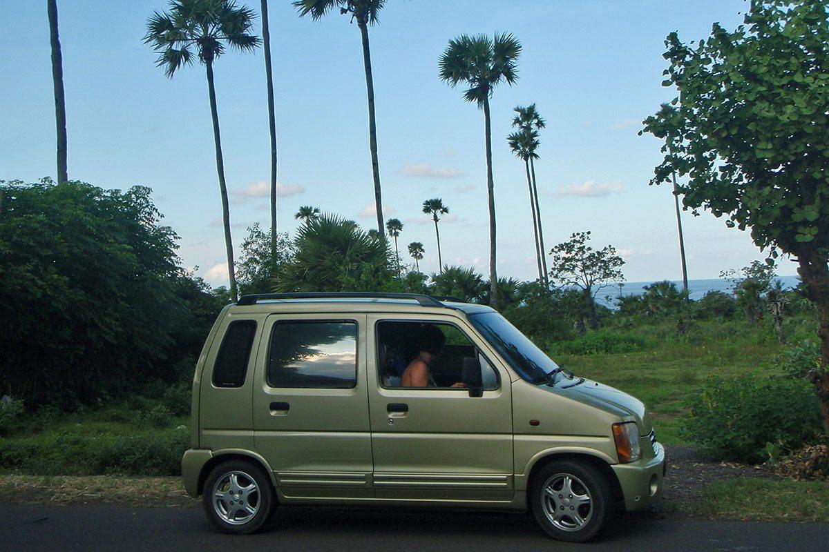 Požičané auto a cestovanie na Bali