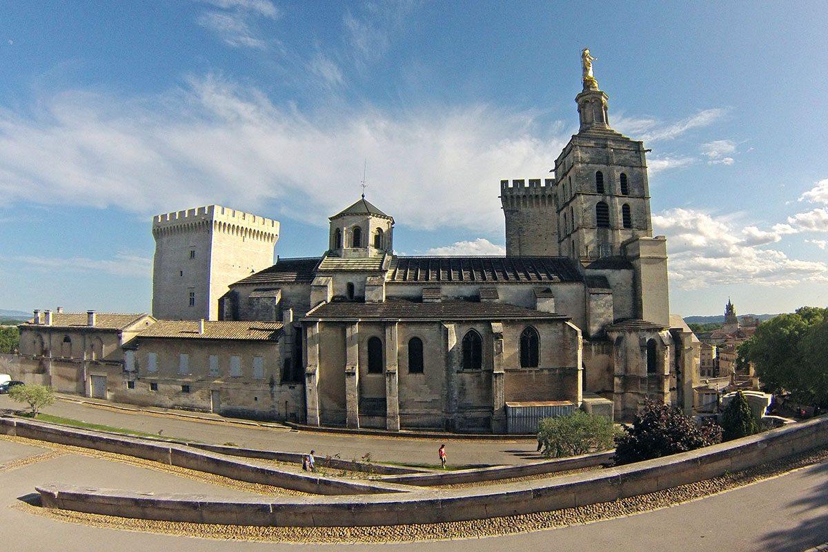 avignon pápežské mesto v Provensálsku