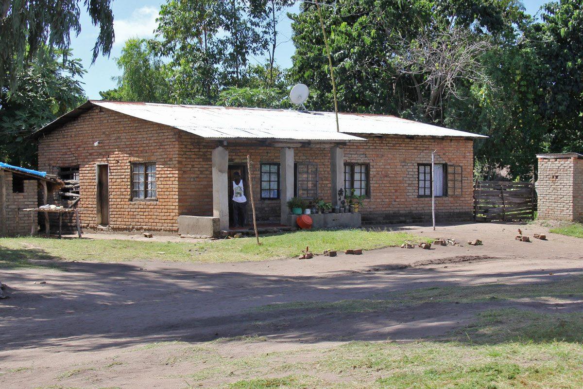 Dom v Malawi