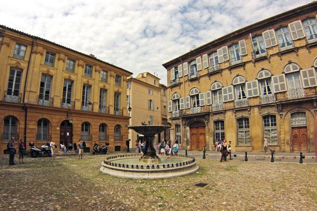 Aix námestie