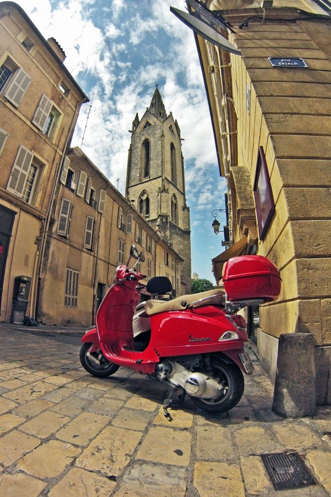 aix-moped-veza