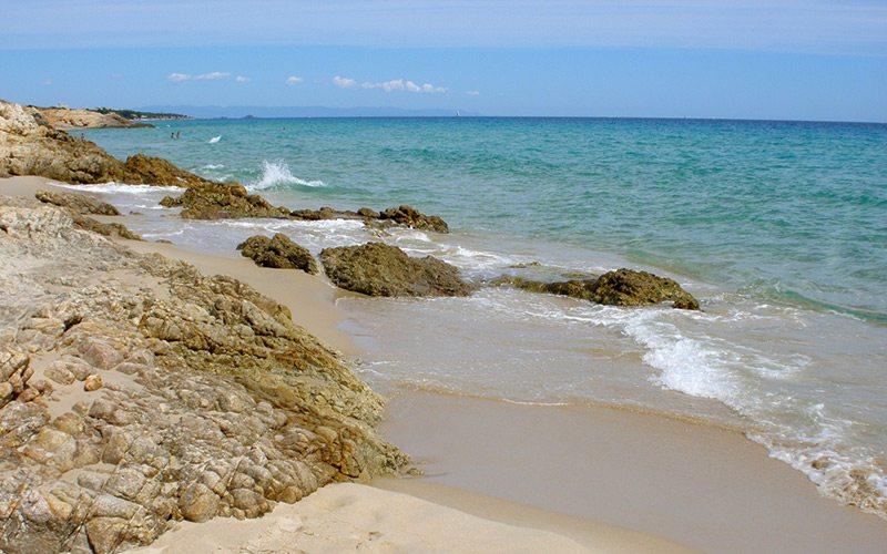 pláže na Sardínii