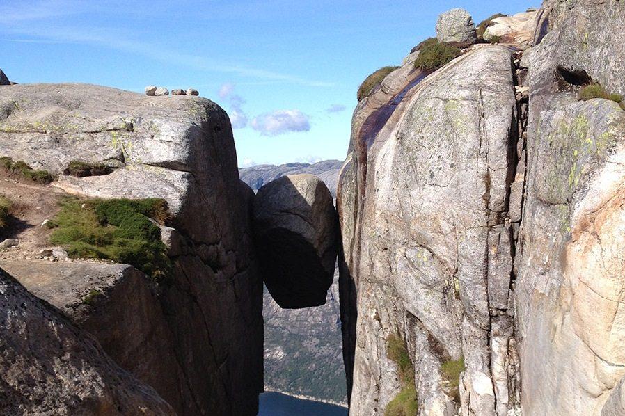 Skala Kjerag v Nórsku