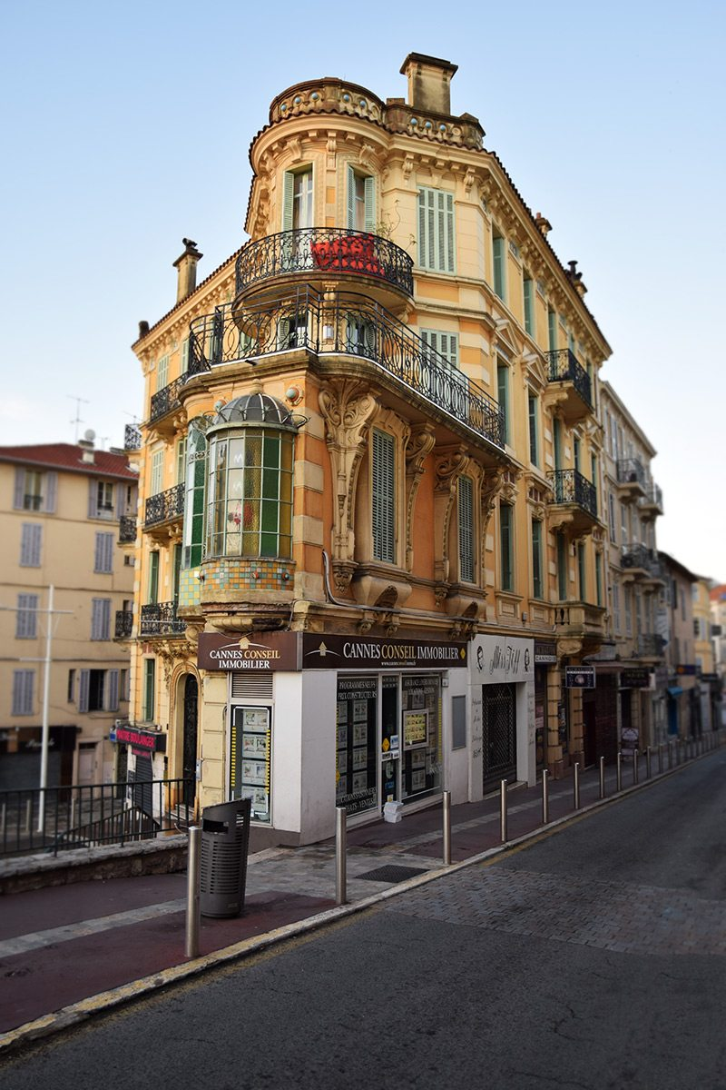 uličky v Cannes