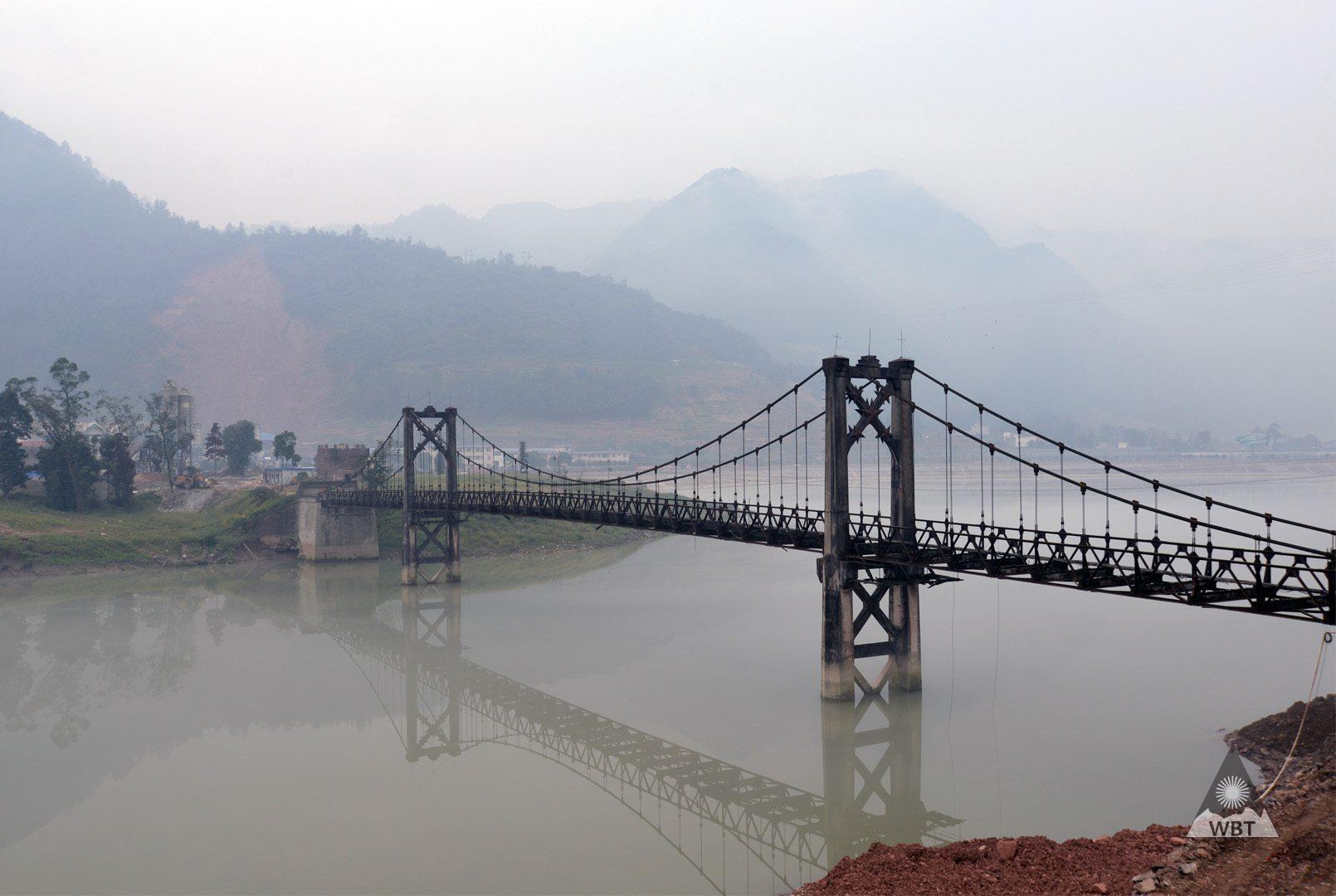 čína most