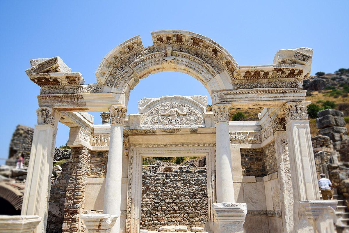 Hadriánov chrám