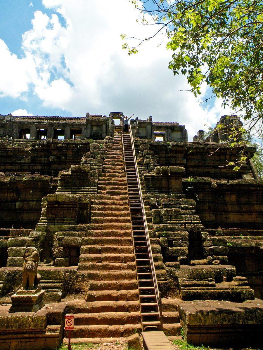 schody do chrámu