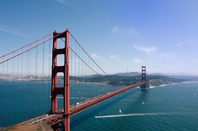 golden-gate-bridge-925547_640