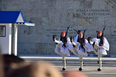 syntagma - výmena stráži