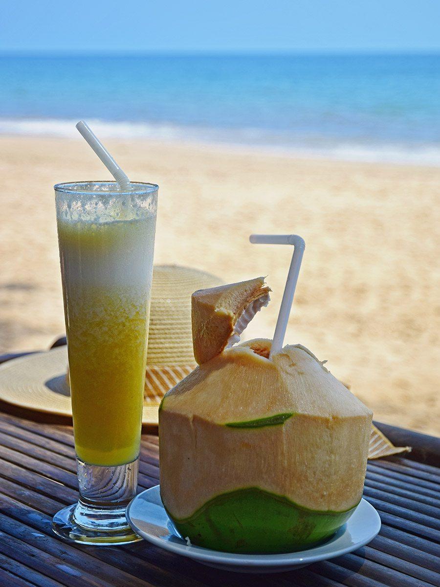 ananásová šťava a čerstvý kokos
