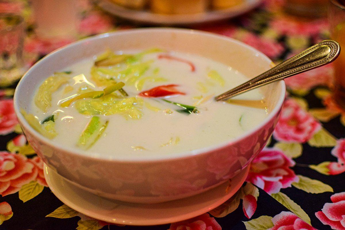 Tom Kha Gai - thajská polievka s kokosovým mliekom
