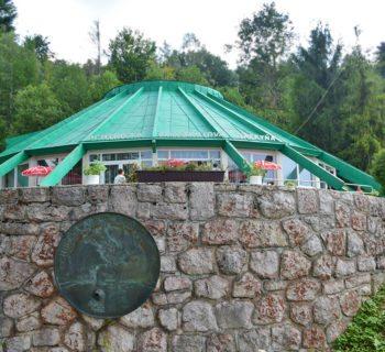 ochtinska-aragonitova-jaskyna-vonku