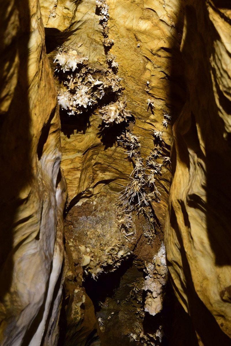 ochtínska aragonitová jaskyňa