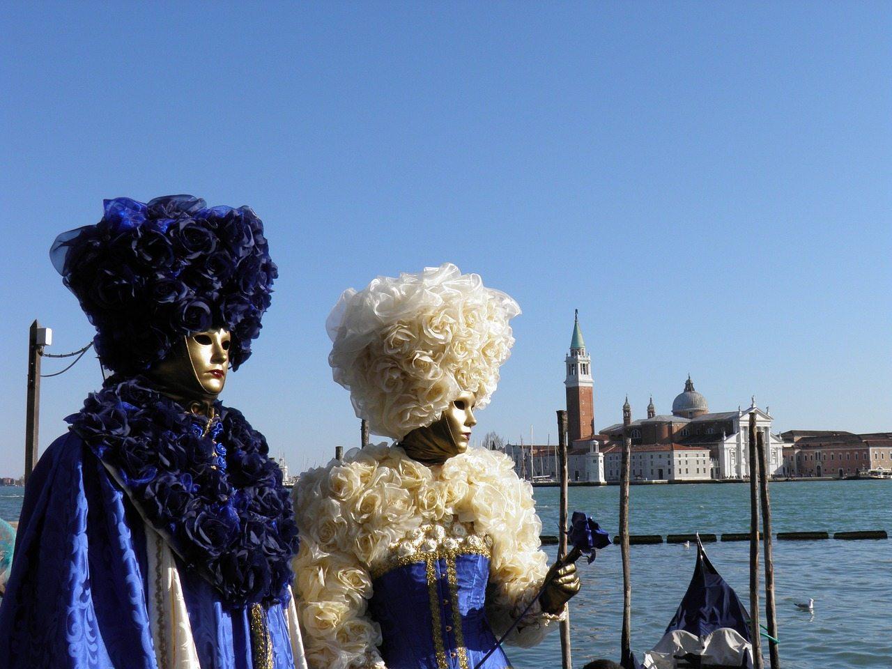 február - karneval v benátkach