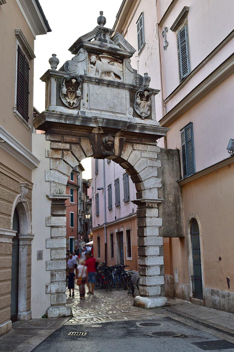 Rovinj hradná brána