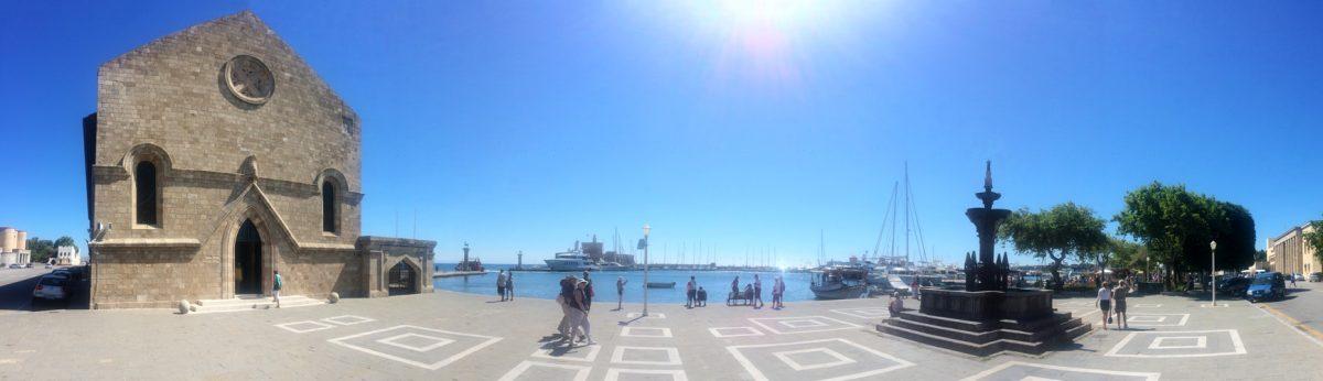 Rhodos prístav - Rhodoský kolos