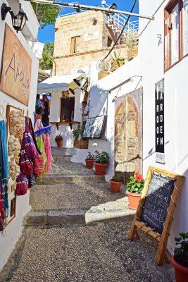 uličky v gréckom meste Lindos