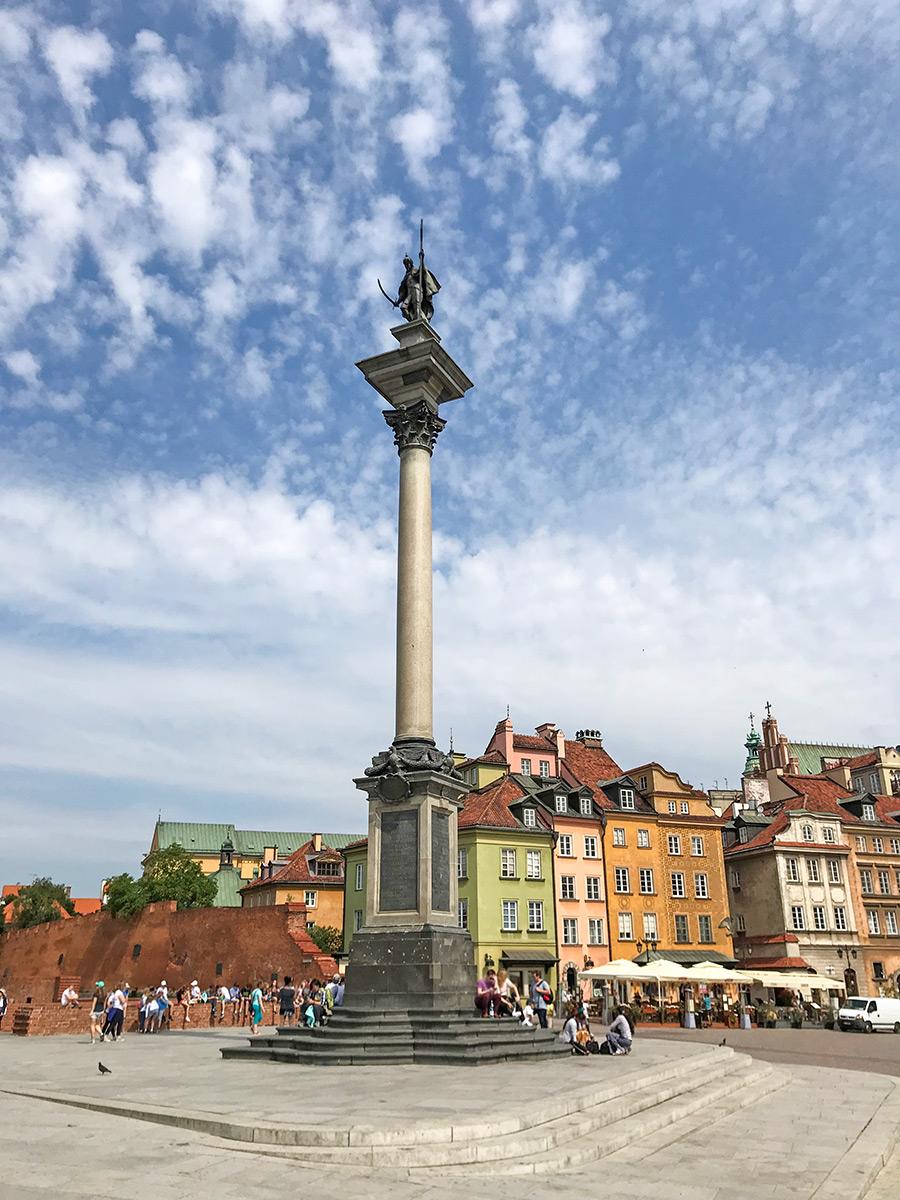 námestie Varšava