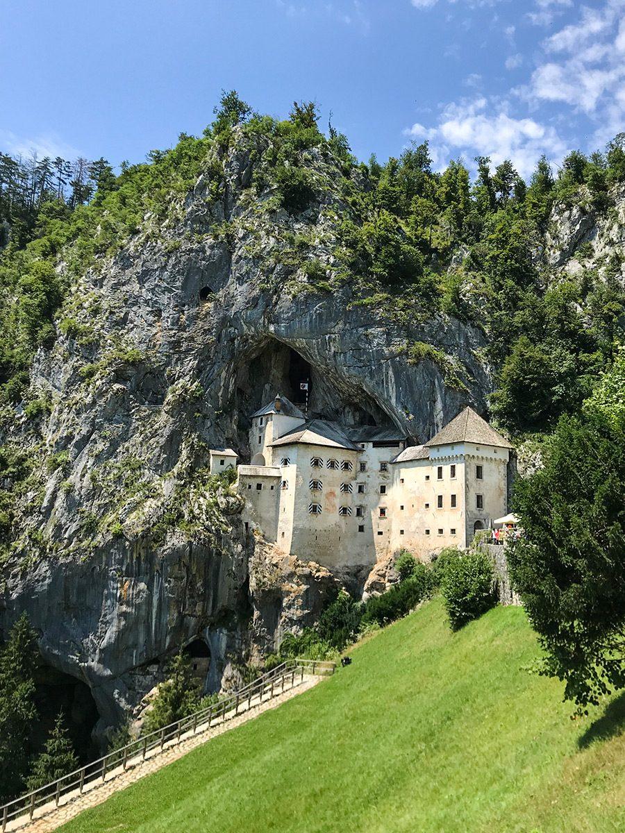 Hrad Predjama Slovinsko