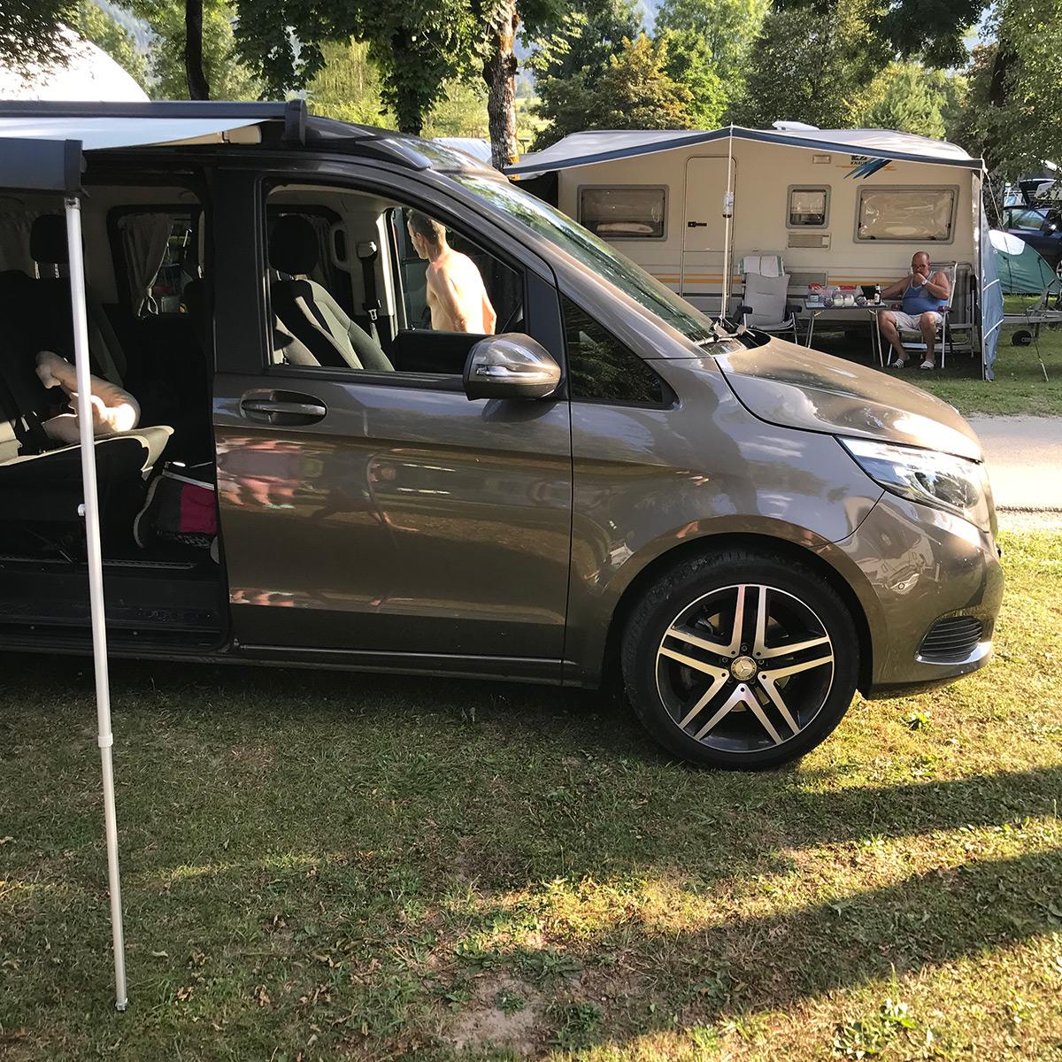 karavan markíza