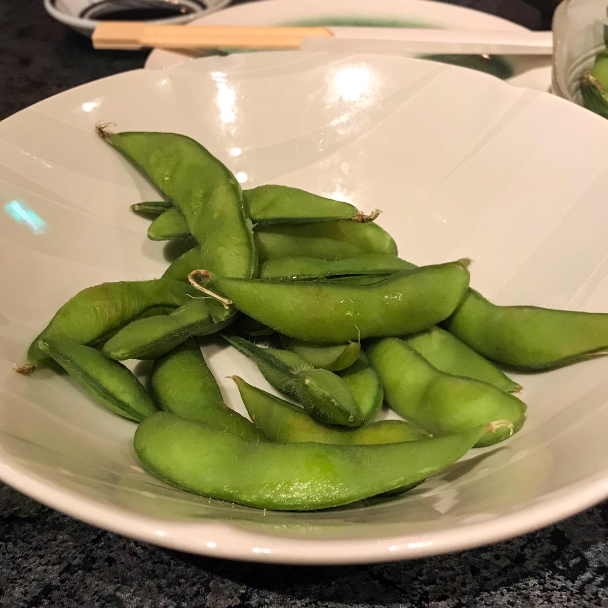 edamame - varená sója, japonská kuchyňa