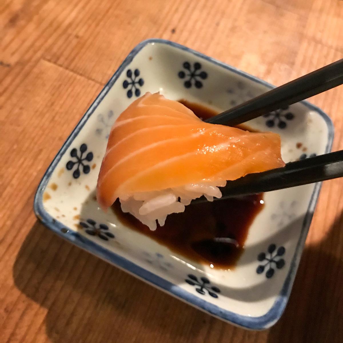 Lososové sushi - Japonská kuchyňa